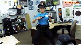 Latin police officer gets...