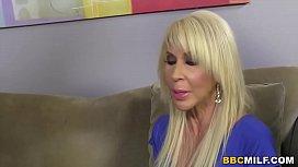 Busty Cougar Erica Lauren...