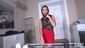 Hot Milf secretary Frida Sante'_s got a craving for big dick of her boss
