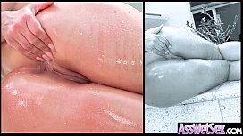 Big Wet Ass Girl...