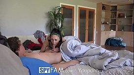 Spyfam-step-sister-ariana...