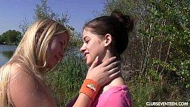Lesbian teens pleasing pussies...