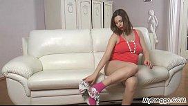 Pregnant Lina Masturbates so...