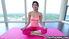 Tiny yoga teen fucked...