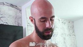 GayRoom - Massage turns into...
