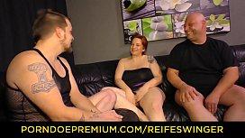 REIFE SWINGER - Threeway sex...