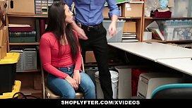 Shoplyfter - Hot teen Caught...