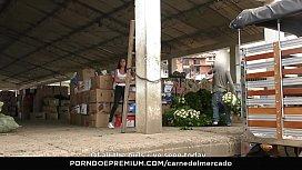 CARNE DEL MERCADO - Pickup...