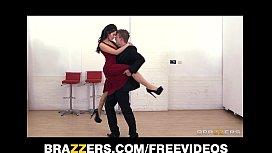 Curvy tango dancer seduces a married ...