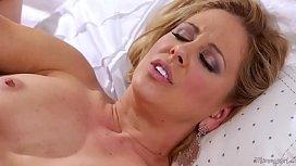 Alli Rae licking her...