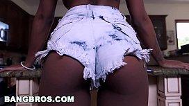 Sexy ebony babe takes...