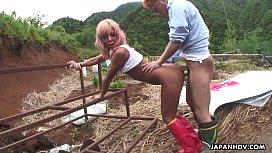 Asian farm slut gets to be fucked from the back hard pronhube