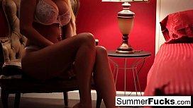 Summer Brielle masturbates...