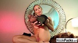 Sexy Nicole makes herself...