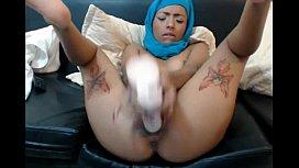 Amazing hijab girl squirting...