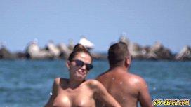 Voyeur Beach Big Boobs...