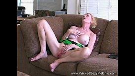 Amateur MOM Drains Her...