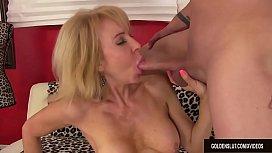 Mature woman Erica Lauren...