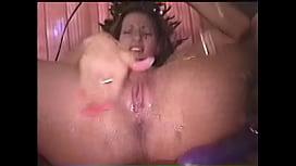 Lori Rivers Squirts a...