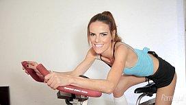 Susana Melo Returns With...