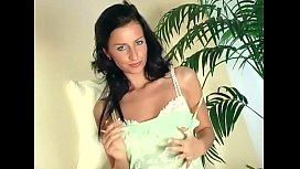 Glamour babe lingerie tease...
