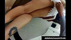 Mega Milf Julia Ann...