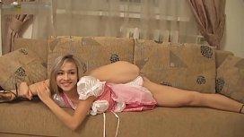 Hot Flexible Blonde Stretch...