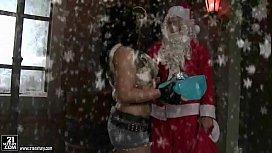 Amanda Black fucking Santa...