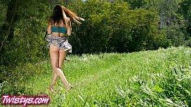 Twistys - Sexy teens rub...