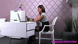 FemaleAgent Horny stud wants...