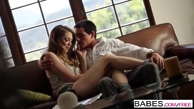 Babes - PUPPY LOVE - Jessie...