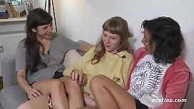 Threeway Lesbian Ass Licking...