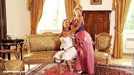 Beautiful lesbians Hailee and...