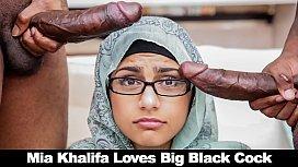 BANGBROS - Mia Khalifa Shares...