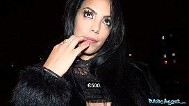Public Agent Busty latina...