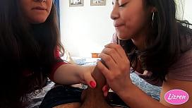 Lizren - Chilenas haciendo oral en trio