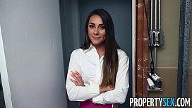 PropertySex - Handyman lays the...
