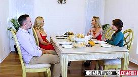DigitalPlayground - Thanks giving Turkey...