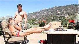 GayRoom Muscle guys in...