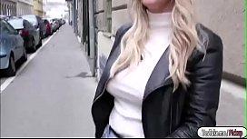Blonde babe Sienna Day...
