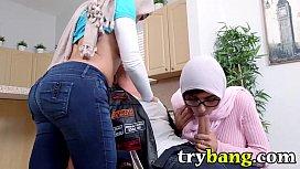 Arab Mia Khalifa and...