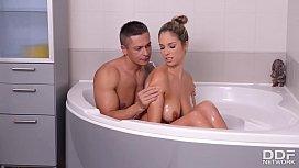 Bathtub Blowjob with Big...