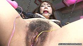 Bound Asian babe Ryo Akanishi got her nasty pussy toyed