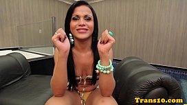 Latina tranny bouncing her...