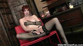 Redheaded milf Amber Dawn...