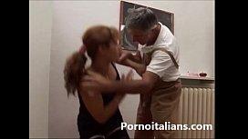 Incesto italiano - padre scopa...
