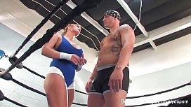 Shyla Stylez MMA training...