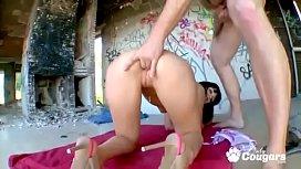 Latina Carol Vega Jumps...