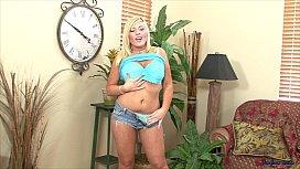 Heidi Hollywood Bouncy Bouncy...