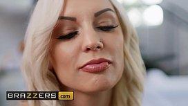 Dirty Masseur - (Kenzie Taylor, Michael Vegas) - Attend To My Ass - Brazzers